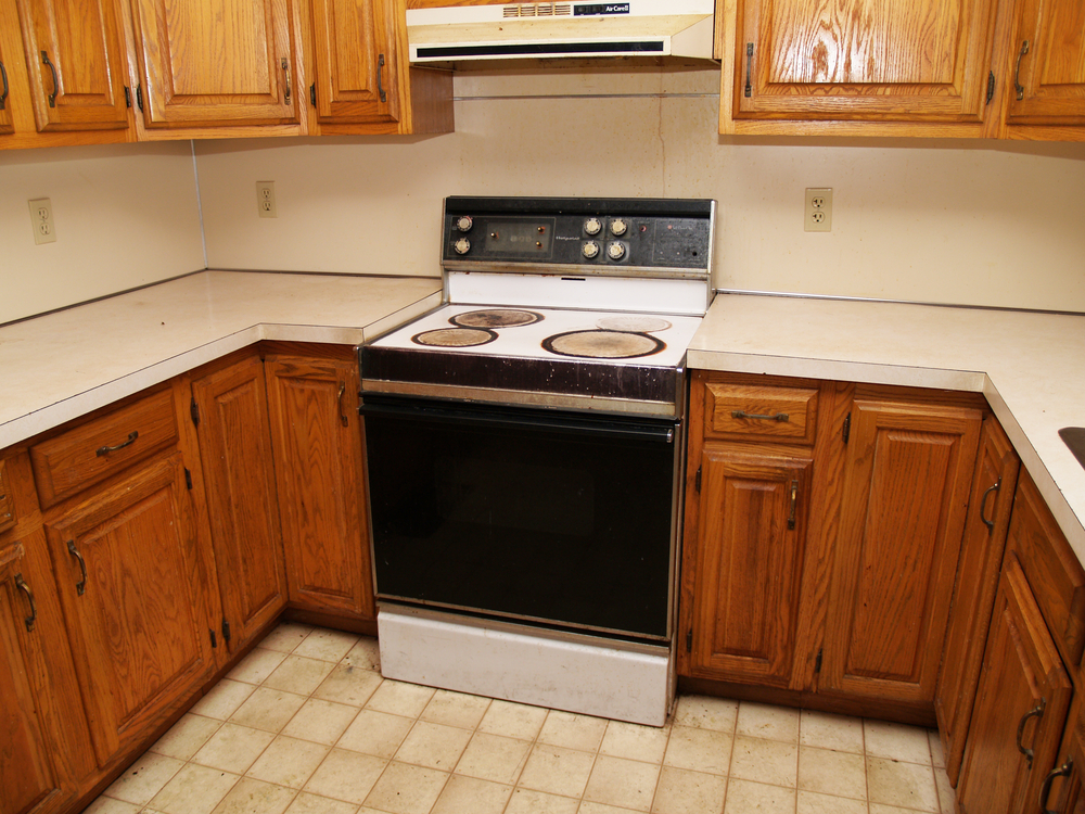 When should you replace your kitchen cabinets tops for Cabinets kitchen cabinets