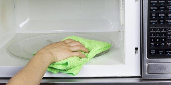 Top 7 Dirtiest Spots In Your Kitchen