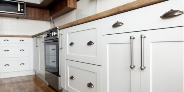 Timeless Shaker Cabinets – Are They Right for Your Kitchen?